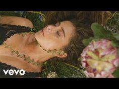 (1) Cami - Querida Rosa - YouTube Camila Gallardo, Lyrics, Song Lyrics, Grey Colors, Roses, Kitchens, Music Lyrics
