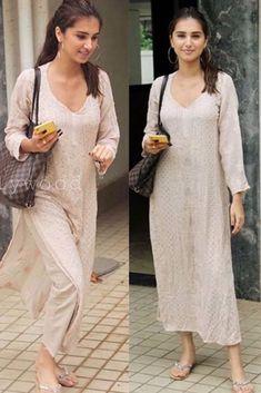 Casual Indian Fashion, Indian Fashion Dresses, Dress Indian Style, Pakistani Dresses, Indian Wedding Outfits, Indian Outfits, Indian Designer Suits, Kurta Designs Women, Kurti Designs Party Wear