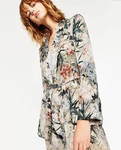 b0a04c14339 Image 5 of FLORAL PRINTED BLAZER from Zara Zara Spain