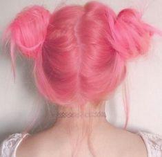 Şeker pembe cotton candy saç rengi renkli marjinal saç topuz modeli   Kadınca Fikir - Kadınca Fikir