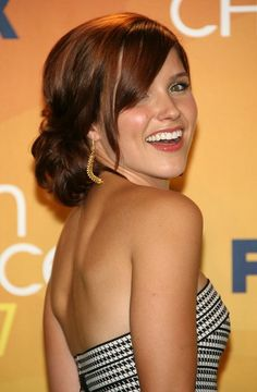 sophia bush- one tree hill