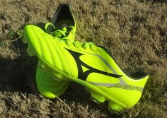 d77872a489b7 Football Shoes · Soccer Shoes Indoor · Cleats · Mizuno Basara 001 KL Review  Visit http://www.soccermint.com for