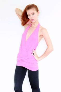 CUE  DESIGN The Label FLIRTY FEMININE PRETTY Pink Stretchy Halter Neck Top M
