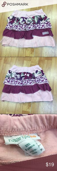 Naartjie Mixed Fabric Tiered Skirt Lace Pink 8 Naartjie Mixed Fabric Tiered Skirt Lace Pink 8  Beautiful knit skirt.  Elastic waist.  Very good used condition especially considering the brand.  #mixedfabric #tiered #skirt #pink #lace #elasticwaist Naartjie Bottoms Skirts
