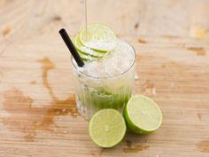 kostenloses DIY-Rezept: Sommercocktail Coco-Cabana mit Kokos, Limette, Ginger Ale und Tabasco // free DIY recipe: summer mocktail, virgin cocktail with coco, lime, and tabasco via DaWanda.com