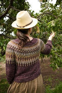Thanks talviknits for this post.Tweedside pattern by Lily Turner.Sweater knitting pattern: Tweedside by Lily Turner. Tweedside is a classic sweater with a richly patterned, deep Fair Isle yoke. The sweater is knitted top down, with short rows # Lily Fair Isle Knitting Patterns, Knitting Blogs, Sweater Knitting Patterns, Knit Patterns, Free Knitting, Knitting Projects, Knitting Yarn, Knitting Sweaters, Motif Fair Isle