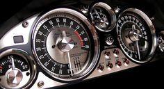 Beautiful, just beau tiful. Gauge cluster and some interior upgrades - Miata Forum Custom Car Interior, Truck Interior, Jeep Willys, Golf Mk1, Mx5 Na, Vw Cabrio, Mazda Roadster, Vw Lt, Automobile
