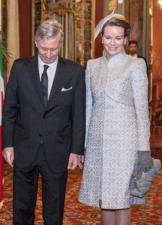 Queen Mathilda Dress Style
