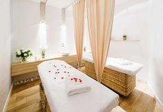 Warsaw hotel spa treatment room