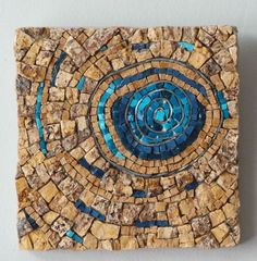 ideas patio wall art stepping stones for 2019 Mosaic Stepping Stones, Pebble Mosaic, Mosaic Glass, Mosaic Tiles, Gaudi Mosaic, Stained Glass, Mosaic Artwork, Mosaic Wall Art, Tile Art