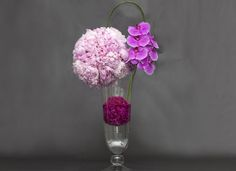Ovando's monochromatic carnation and peony arrangement