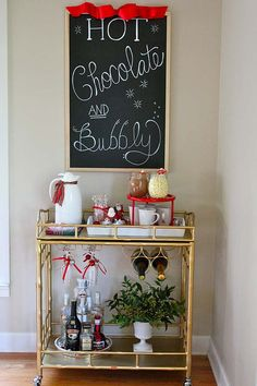 Practical Christmas Decorating Ideas for the Dining Room-Drink Station