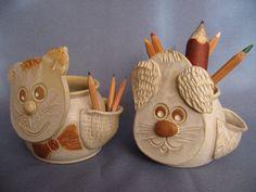 Keramika Seka - Katalog a ceník Pencil Holders, Class 8, Ceramics Ideas, Air Dry Clay, Pottery Ideas, Clay Crafts, Clay Art, Ceramic Pottery, Wood Art