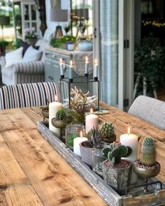 Friday evening with the weekend stretching ahead - what a great feeling . Dining Room Centerpiece, Dining Room Table Centerpieces, Table Decor Living Room, Rustic Centerpieces, Room Decor, Table Decorations, Centerpiece Ideas, Dining Table Decor Everyday, Long Dining Room Tables