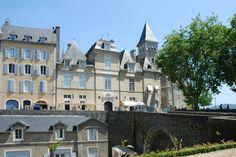 Place Reine Marguerite, Pau, France | Pau, France | Pinterest | France