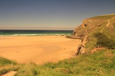 Golden sands in Mawgan Porth