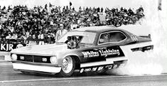A nostalgic look back at drag racing funny cars from the Funny Car Drag Racing, Funny Cars, Car Humor, Car Photos, Vehicles, Wheels, Vintage, Cars, Vehicle
