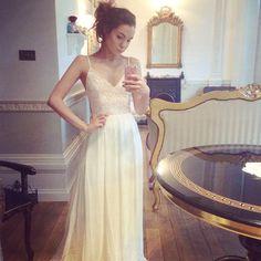 Feeling like a princess as I try on long dresses for a video. :3 • Dress by @fameandpartners •