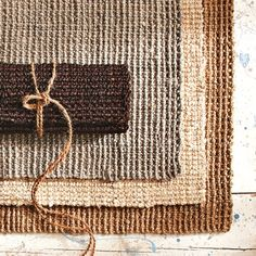 dining room / sisal rug / under table Burlap Rug, Jute Rug, Sisal Rugs, Jute Carpet, Rugs On Carpet, Greige Fabric, Natural Carpet, Rug Runners, Fabric Remnants