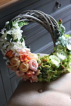 Wreaths For Front Door, Door Wreaths, Beautiful Flowers Wallpapers, Wreaths And Garlands, Easter Wreaths, Flower Wallpaper, Holidays And Events, Dried Flowers, Spring Wreaths