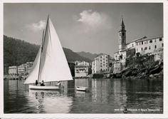 "Titolo originale: ""Recco - Mare tranquillo"". Original title: ""Recco - Flat sea"". (Photo: 1937-1938). #Recco #anniTrenta #Riviera #Liguria #viaggi #vacanza #holiday #journey #the1930s #summertime"