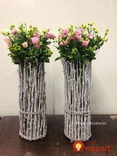 Tuto: a vase to bring spring into the bathroom! Beautiful Flower Arrangements, Floral Arrangements, Diy Para A Casa, Tree Branch Decor, Diy Crafts For Home Decor, Deco Floral, Diy Recycle, Nature Crafts, Fall Diy