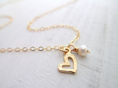 Charm Necklaces – Heart gold necklace with freshwater pearl – a unique product by matok on DaWanda
