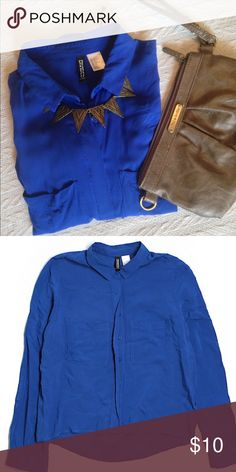 ✨Divided by H&M Royal Blue Blouse✨ Gorgeously soft flowy hi/low shirt. Long sleeve, with roll tab button below elbow Size 2. Gently used. H&M Tops Blouses