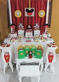 Mickey mouse    CatchMyParty.com