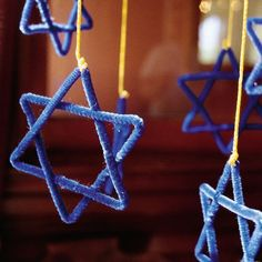Star of David Mobile for Hanukkah that's easy for kids to make.