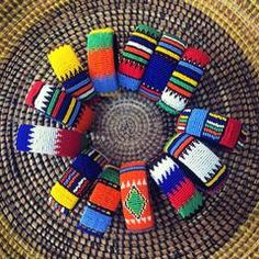 These Zulu beaded bracelets look fabulous in their different color combinations. Open at one end so they easily fit every wrist. Zulu Women, Black Marriage, Beaded Jewelry, Beaded Bracelets, African Beauty, African Fashion, Color Meanings, Six Flags, Spice Things Up