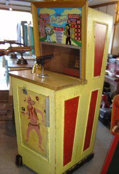 Bally Gun Smoke 1959 coin operated gun rifle range arcade game