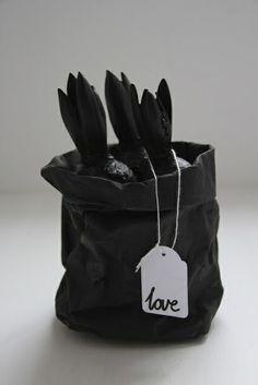 Black bulbs. #black
