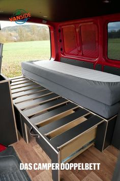 Minivan Camping, Trailers Camping, Autos Mercedes, Bmw Autos, T4 Camper, Mini Camper, Campervan Bed, Campervan Interior, Van Conversion Interior