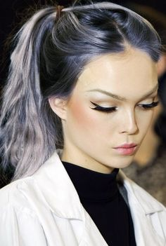 Purple/gray ombré, winged eye liner. So cool.