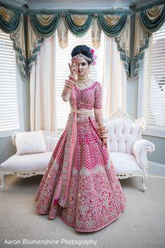 Indian bride looking fabulous on her wedding day Indian Bride Dresses, Indian Bridal Outfits, Indian Bridal Fashion, Indian Bridal Wear, Indian Fashion Dresses, Bridal Dresses, Latest Bridal Lehenga, Indian Wedding Lehenga, Wedding Lehenga Designs