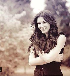 Hatice Sendil, Shoe Sketches, Tv Soap, Turkish Actors, Bellisima, Role Models, Actors & Actresses, Long Hair Styles, Stars