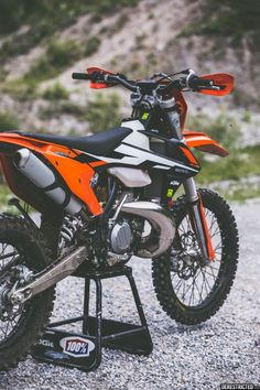 2017 KTM EXC 300 – First look review | DERESTRICTED