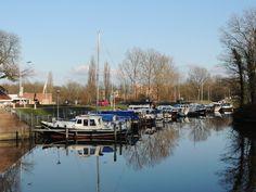 Bootjes in Dokkum Friesland Holland