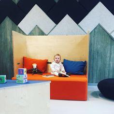 Kinkeli-sofa with cute Andrea in Dragaberget kindergarten in Stavanger. Modern Childrens Furniture, Ministry Of Education, Stavanger, House Drawing, Primary School, Scandinavian Design, Kindergarten, Toddler Bed, Sofa