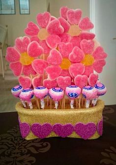 The world's catalog of creative ideas Candy Party, Party Treats, Candy Table, Candy Buffet, Candy Kabobs, Cake Bouquet, Sweet Trees, Candy Flowers, Candy Cakes