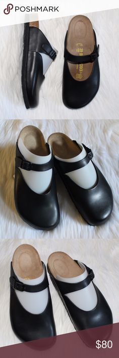 Birkenstock Black Rosemead Women's Leather Clogs Birkenstock Black Rosemead Women's Leather Clogs size  8 REGULAR WIDTH PRE-owned in excellent condition The Rosemead has been discontinued and hard to find clog Leather in very good condition, NO scratches and NO scuff marks Footbed has No sign of darkening Outsole in very good shape euro 39, us women's size 8, us men's size 6 Birkenstock Shoes Sandals