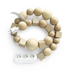 DIY idea: multiplug cable jewellery l Bless