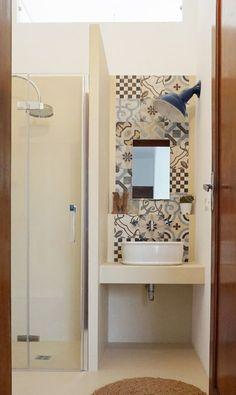 progetto di un mini bagno tra resina e cementine - A Casa di Ro