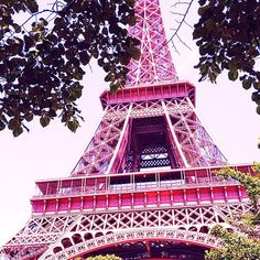 ♡♡♡ j'adore - Pink Eiffel Tower.pink in my dreams. Cute Pink, Pretty In Pink, I Believe In Pink, Dream City, Everything Pink, Tour Eiffel, City Lights, Vacation Trips, Paris France