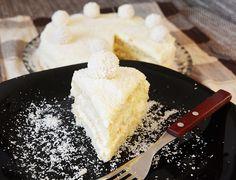 Tort Raffaello Feta, Camembert Cheese, Raffaello