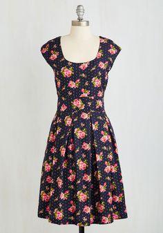 Repondez S'il Vous Pleat Dress