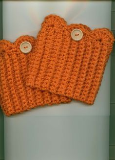 Hand Crocheted Boot Cuffs/Toppers Skate Cuffs/Toppers by Kountry- 13.00- with natural wooden button
