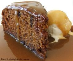 Exclusively Food: Sticky Date Pudding. Favourite sticky date cake r… Exclusively Food: Sticky Date Pudding. Favourite sticky date cake recipe. Added extra 60 g butter to sauce Baking Recipes, Cake Recipes, Dessert Recipes, 13 Desserts, Delicious Desserts, Sticky Date Cake, Sticky Date Pudding, Sticky Toffee Pudding Easy, Sticky Toffee Cake