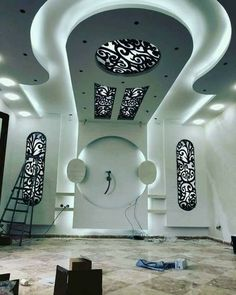 Choose from the largest collection of Latest False Ceiling Design & Decorating Ideas to add style. Discover best False Ceiling inspiration photos for remodel & renovate, here. Drawing Room Ceiling Design, Plaster Ceiling Design, House Ceiling Design, Ceiling Design Living Room, Bedroom False Ceiling Design, False Ceiling Living Room, Tv Wall Design, Pop Design For Hall, Plafond Design